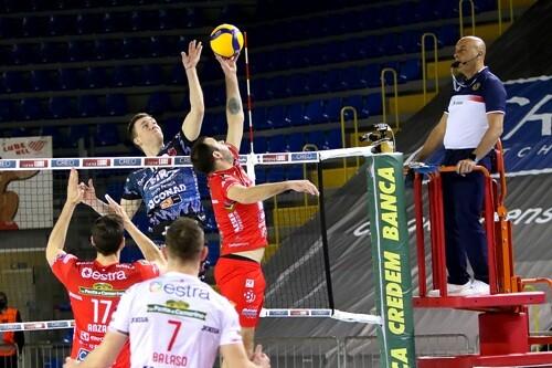 Олег Плотницкий вместе с Перуджей не смог стать чемпионом Италии