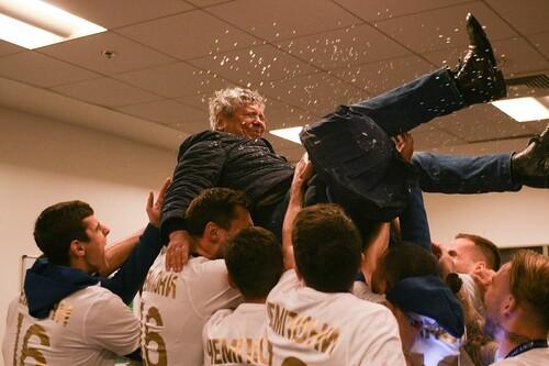 ВИДЕО. Как качали Мистера! Динамо с шампанским отпраздновало чемпионство