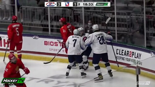 ВИДЕО. Отыгрались с 1:5: Россия с невероятным камбеком победила США на ЮЧМ