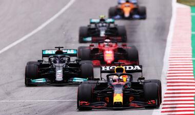 Формула-1 и спринтерские гонки, битва Ред Булла и Мерседеса за двигатели