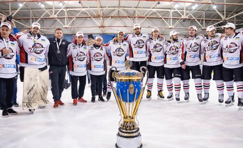 УХЛ подала в суд на ФХУ. Лига намерена проводить сезон 2021/22