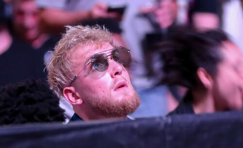 Блогер Джейк Пол и чемпион UFC Усман договорились о поединке