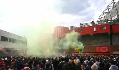 Матч Манчестер Юнайтед – Ливерпуль перенесен из-за протеста фанатов