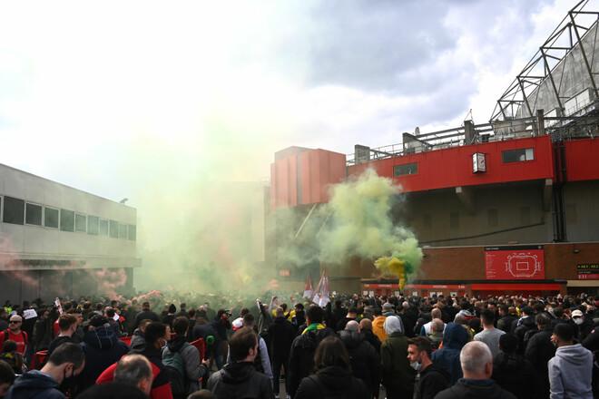 Матч Манчестер Юнайтед - Ліверпуль перенесений через протест фанатів