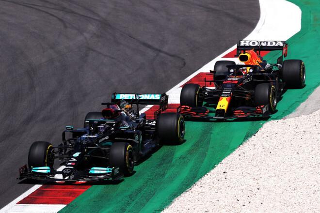 Общий зачет Формулы-1. Хэмилтон - лидер, Норрис все еще в топ-3