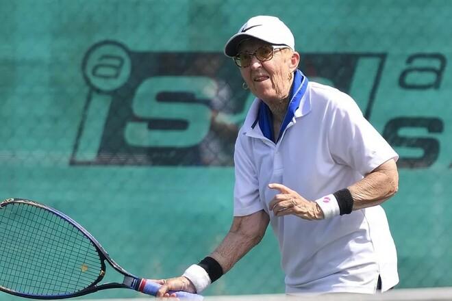 У чудовій формі! 74-річна тенісистка зіграла в турнірі ITF у Флориді