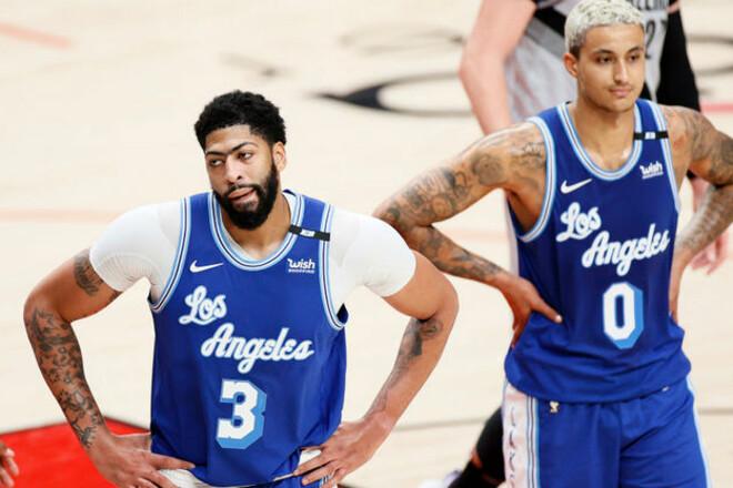 НБА. Лейкерс уступили Портленду и опустились на седьмое место