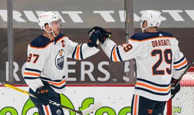 НХЛ. Макдэвид набрал 100 очков, определены первые пары плей-офф