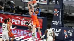 НБА. 17 очков Михайлюка не помогли Оклахоме выиграть у Голден Стэйт