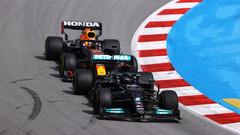 Загальний залік Формули-1. Хемілтон - лідер, але Ферстаппен поруч