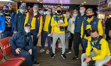 Збірна України з хокею відправилася на турнір до Словенії