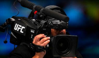 ВИДЕО. Не хуже бойцов. Фанаты подрались во время турнира UFC 262