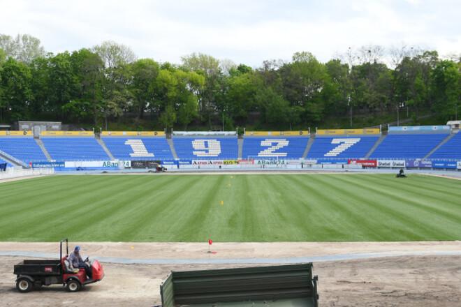 ВИДЕО. Динамо заменит газон на стадионе имени Лобановского