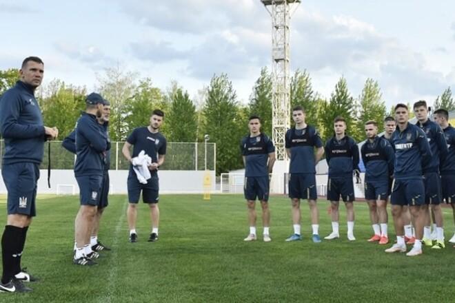ФОТО. Украина начала подготовку к Евро. 25 игроков приступили к работе