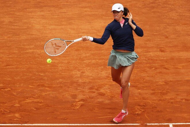 Свёнтек разгромила Плишкову в финале турнира в Риме
