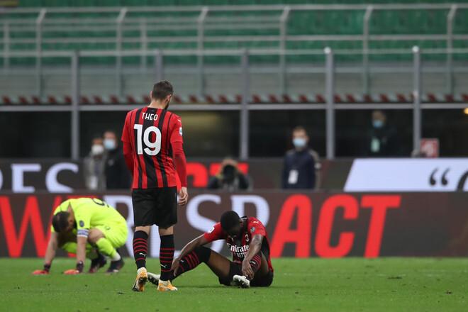 Милан не сумел обыграть Кальяри и рискует пролететь мимо Лиги чемпионов