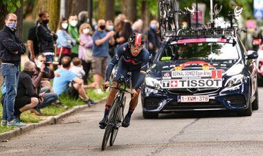 Лидерство Берналя, проблемы Нибали. Итоги первой недели Джиро-2021