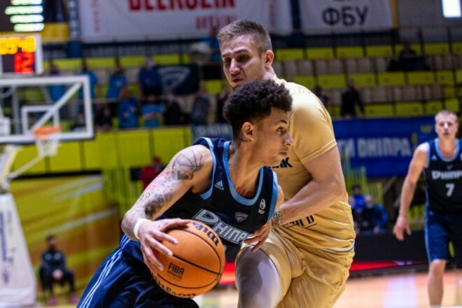 Киев-Баскет стал первым полуфиналистом, Будивельник проиграл Днепру