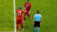 ФОТО. Бавария попрощалась с тремя легендами клуба