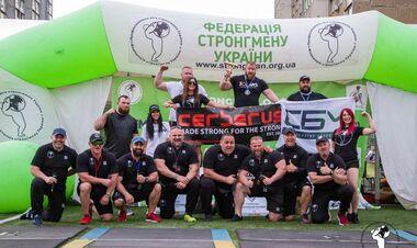 Четыре рекорда Украины: стронгмены начали сезон в Киеве