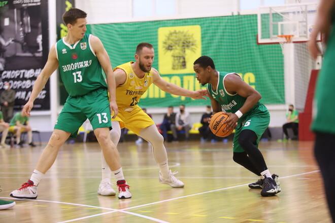 Прометей и Запорожье вышли в полуфинал баскетбольной Суперлиги