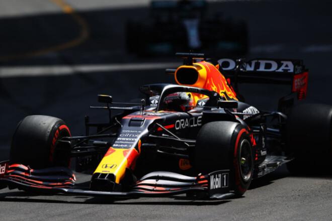Ферстаппен выиграл гонку в Монако, Сайнс на подиуме, Хэмилтон - вне топ-5