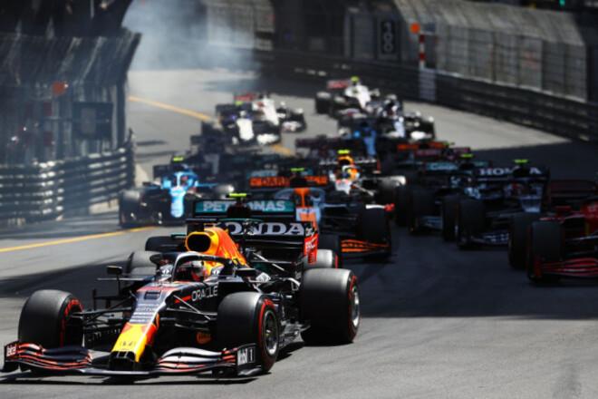 Общий зачет Формулы-1. Ферстаппен впервые в карьере стал лидером