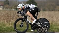Джиро д'Италия. Кампенартс победил из отрыва