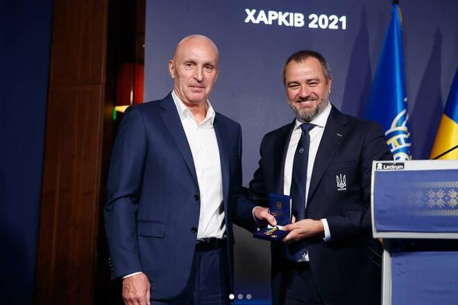 На конгрессе УАФ похвалили харьковский футбол и наградили Ярославского