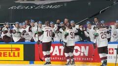 ЧМ по хоккею. Словакия обыграла Россию, Латвия сильнее Италии