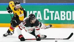 Позорят великую хоккейную державу. Фанаты издеваются над сборной Канады