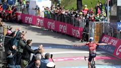 Джиро д'Италия. Победа Дэна Мартина, кризис Берналя