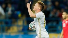ФОТО. Без Малиновского! Три украинца попали в сборную группы С