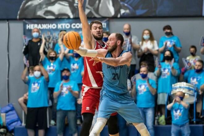 Днепр выиграл у Прометея в первом матче полуфинальной серии Суперлиги