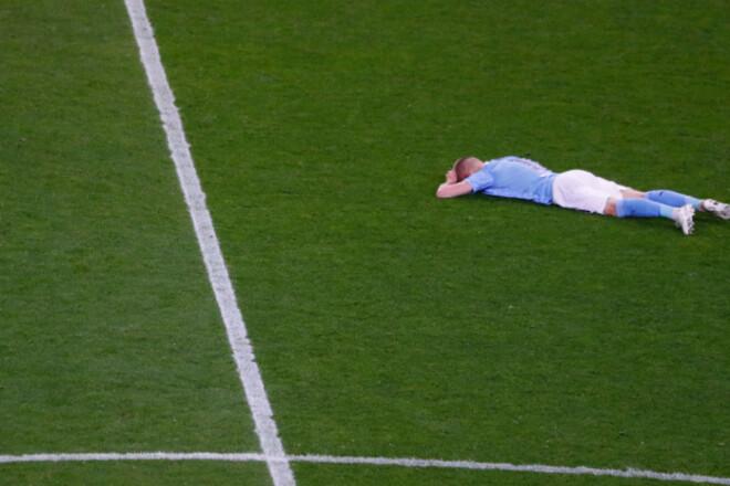 ВИДЕО. Сразу снял медаль. Эмоции Зинченко после финала Лиги чемпионов