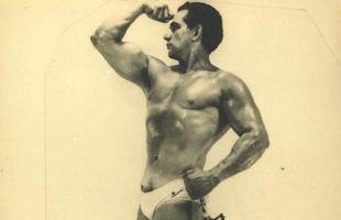 Скончался старейший боксер мира