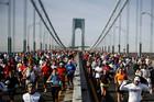 Спасенный шахтер прошел нью-йоркский марафон