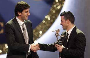 Диего Милито - игрок года в Серии А