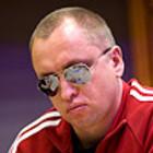 Александр Кравченко играет в кэш в Калифорнии
