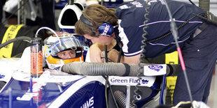 У Williams проблемы со стартами, ну, и с рулем…