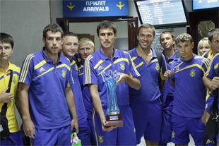 Сборная Украины по пляжному футболу вернулась на родину!