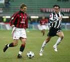 Победа над Сиеной вывела Милан на первое место