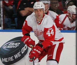 НХЛ. Первая звезда за дубль и 300-я победа Набокова