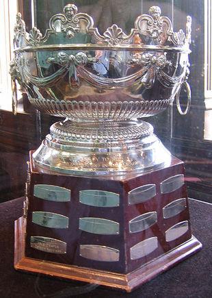 НХЛ. Три претендента на Селке Трофи