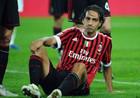 Милан уговаривает Несту остаться
