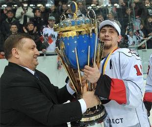 Дмитрий Исаенко – лучший хоккеист чемпионата Украины 2010/11