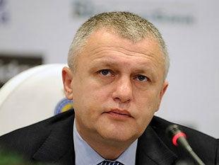 Игорь СУРКИС: «Уткин, что, авторитет для меня?»