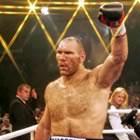 Чемпіона світу за версією WBA в суперважкій вазі росіянина Ніколая Валуєва нещодавно допитали як підсудного