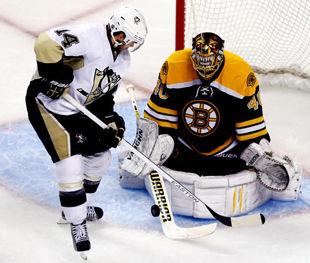 НХЛ. Бостон вырывает победу у Питтсбурга + ВИДЕО