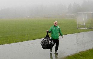 Карпаты тренируются под дождем + ФОТО